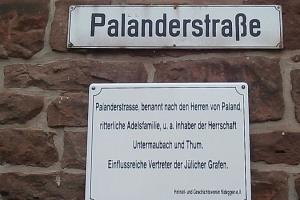zusatzschild_palanderstrasse