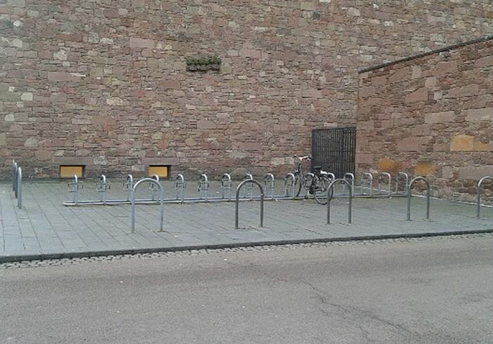 fahrradparkplaetze_annakirche