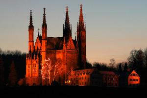 apollinariskirche_abends
